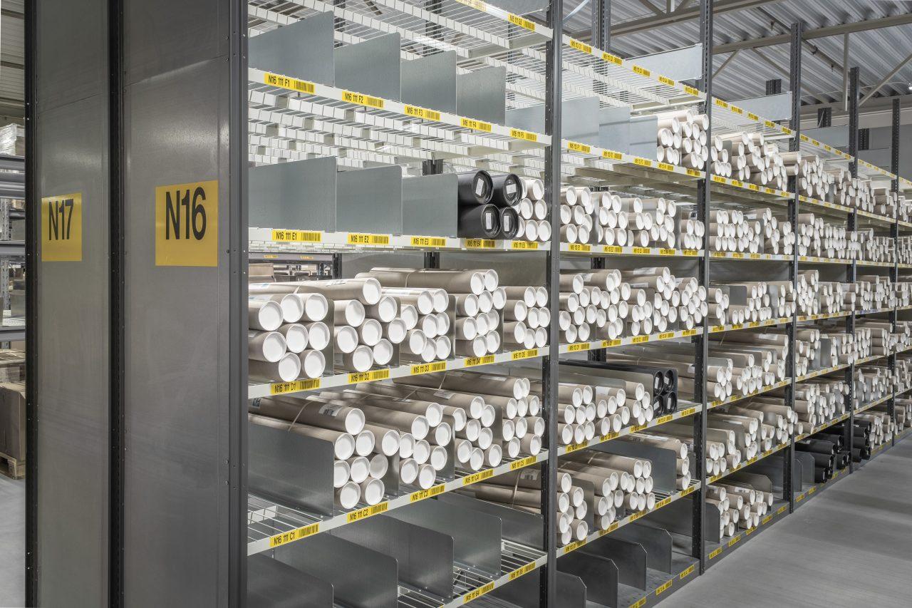 EAB hyllor för lager och hyllsystem