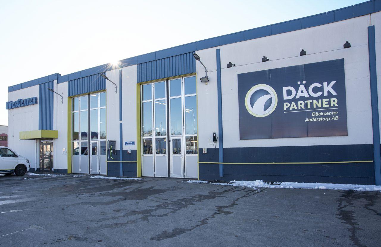 Nya EAB-portar hos Däckcenter Anderstorp